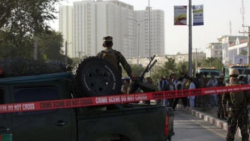 Afganistan'da kaymakamın aracına bombalı saldırı