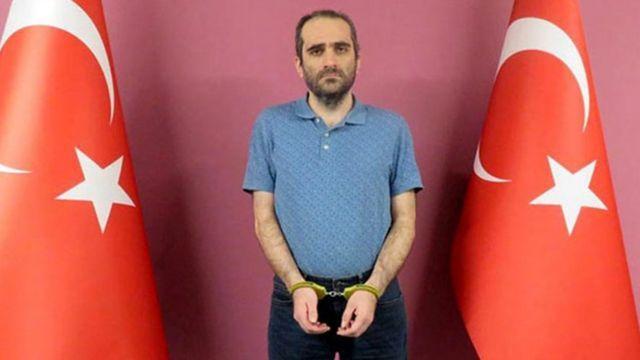 MİT operasyonuyla yakalanan FETÖ elebaşının akrabası Selahaddin Gülen, Ankara Emniyet Müdürlüğüne teslim edildi