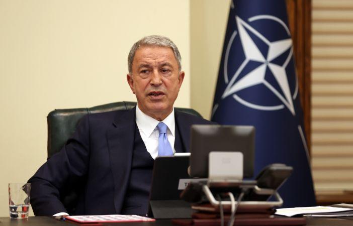 Milli Savunma Bakanı Hulusi Akar, NATO Savunma Bakanları Toplantısı'na katıldı