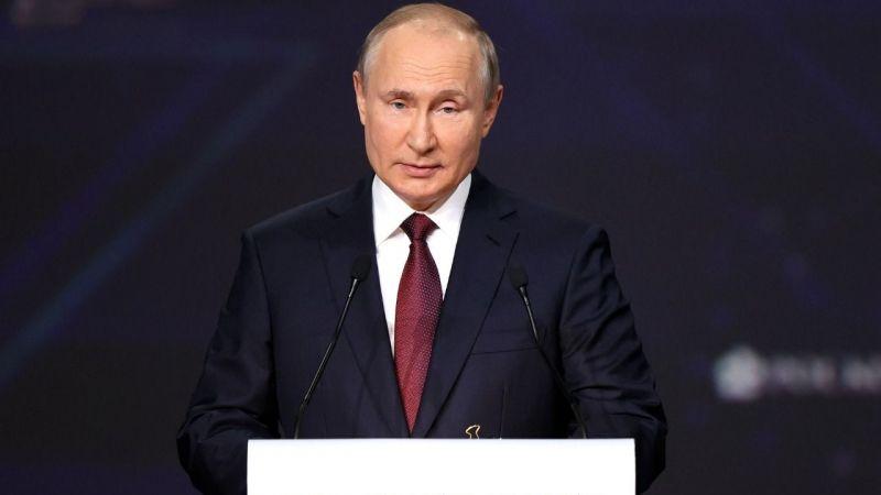 Putin: Dolar bir savaş aracı olarak kullanılıyor