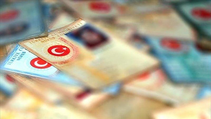 Türkiye'den KKTC'ye gidişlerde eski tip kimlik kartları 30 Haziran'dan itibaren geçerli olmayacak