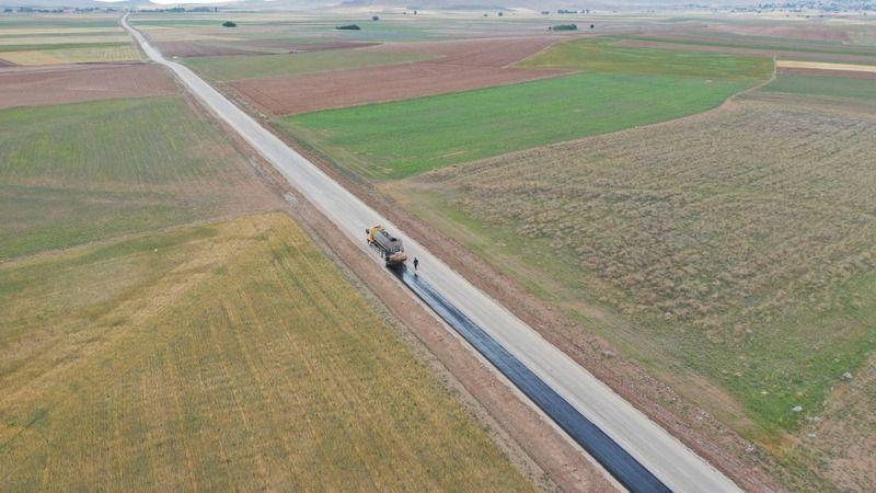 Büyükşehir'den 26 kilometrelik mahalle yolu
