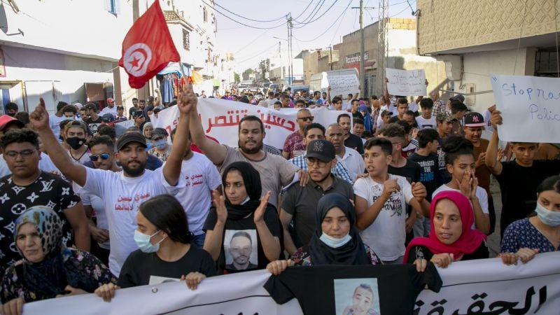 Tunus'ta bir gencin gözaltında ölümünün ardından başlayan protestolar devam ediyor