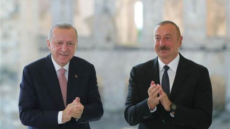 Cumhurbaşkanı Erdoğan, Azerbaycan'dan ayrıldı