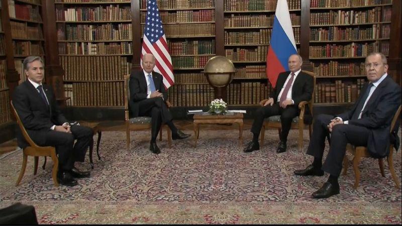 Putin ile Biden görüşmesi başladı