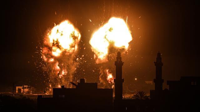 Katil İsrail ateşkesi çiğnedi, füzelerle saldırdı