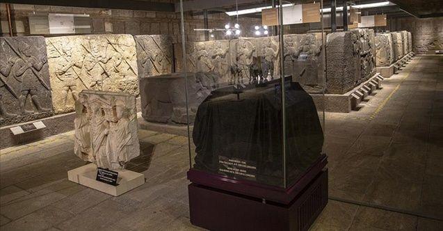 Kültür ve Turizm Bakanlığı: Son 6 ayda 423 kültür varlığı yurda getirildi