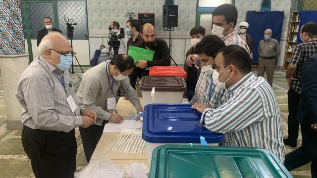 İran'da Cumhurbaşkanlığı Seçimleri'nde oy verme işlemi sona erdi