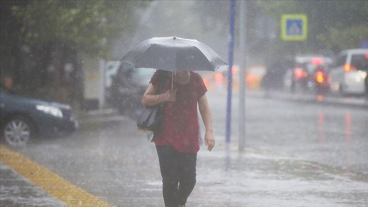 Meteoroloji'den uyarı üstüne uyarı! Kuvvetli yağış geliyor