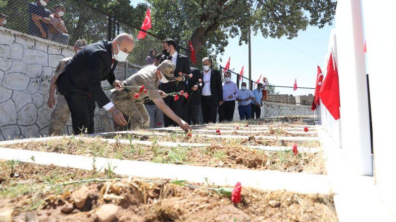 Mardin'de 34 yıl önce PKK'lı teröristlerce katledilen 30 kişi anıldı
