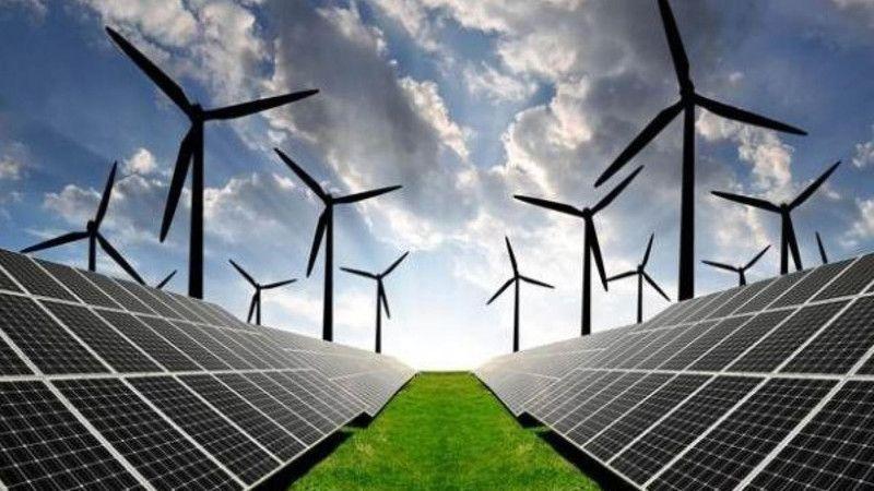 Türkiye yenilenebilir enerjide zirveyi zorluyor