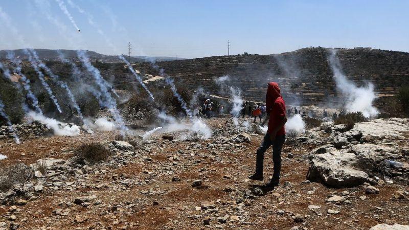 İşgalci İsrail güçleri, Nablus'ta yasa dışı Yahudi yerleşim birimleri karşıtı gösteride 24 Filistinliyi yaraladı