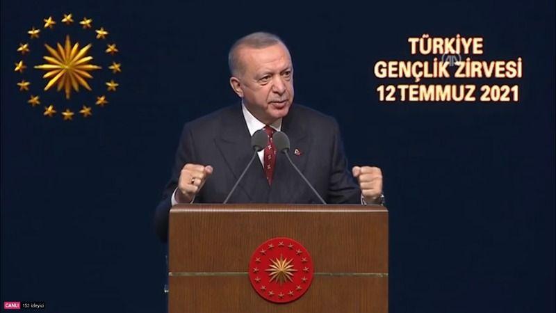 Erdoğan: Gençlere ulaşmak onların hassasiyetlerini kaşımakla olmaz