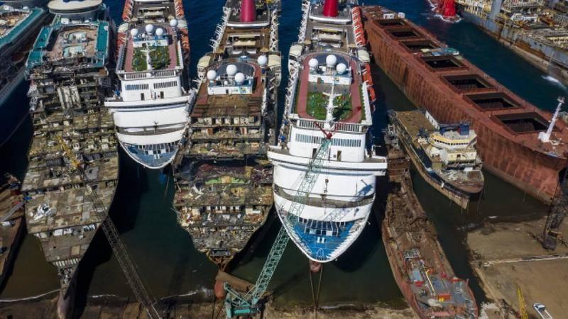 Hurda gemiler ekonomiye 157 milyon dolar katkı sağlıyor
