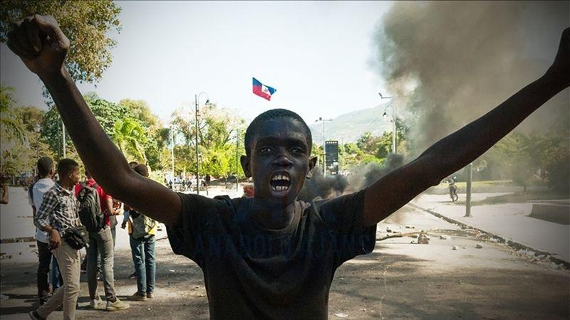 Moise suikastı Haiti'yi kaosa sürükledi