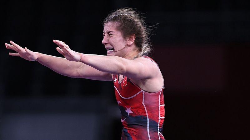 Milli Güreşçi Yasemin Adar bronz madalyanın sahibi oldu