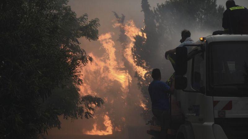 Yunanistan'da yeni yangınlar çıktı