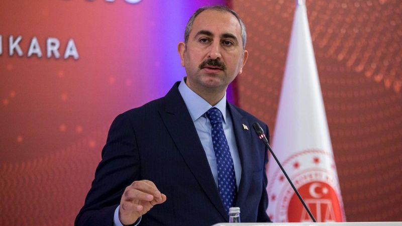 Adalet Bakanı Gül: Yanan ormanların yerinde ancak yeni orman yetiştirilir.