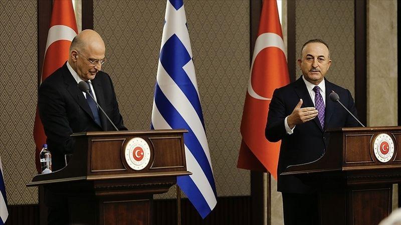 Bakan Çavuşoğlu, Yunan mevkidaşıyla görüştü