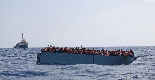 İtalya, yüzlerce göçmen taşıyan kurtarma gemilerine izin verdi
