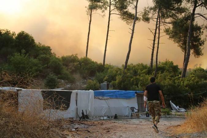 Katil Esed rejimi, saldırılarıyla Türkmen Dağı'nda orman yangını çıkardı