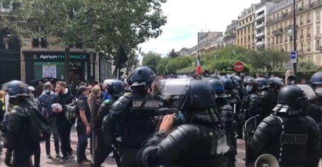 Türk muhabire Fransız polislerinden çirkin davranış!