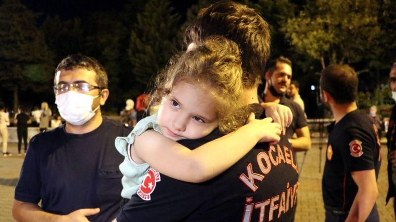 Antalya ve Muğla'daki yangın söndürme çalışmalarına katılan Kocaelili itfaiyeciler kente döndü