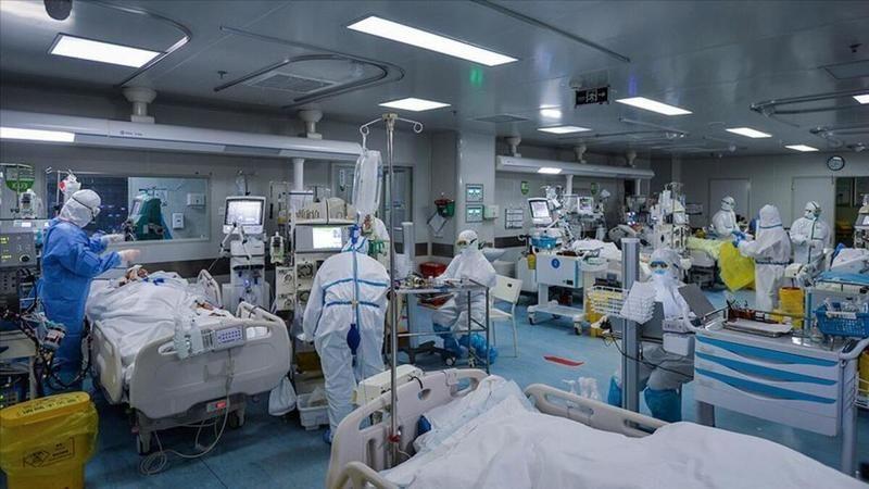 Japonya'da koronavirüs hastasına 120 hastanede yatak bulunamadı
