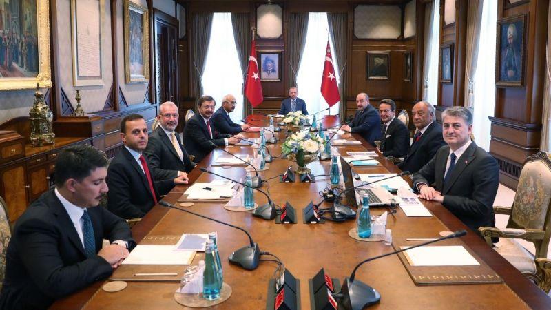 Cumhurbaşkanı Erdoğan, TOGG Yönetim Kurulu Üyelerini ağırladı
