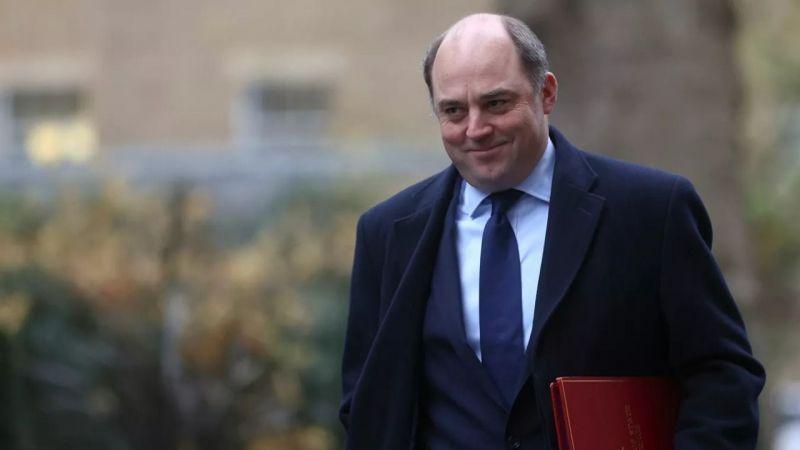 Britanya Savunma Bakanı: Afganistan'a geri dönebiliriz