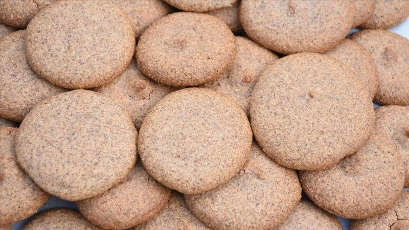 Kayısı çekirdeğinden bisküvi olur mu? Malatya Kayısı Araştırma Enstitüsü, kayısı çekirdeğinden glütensiz bisküvi üretti
