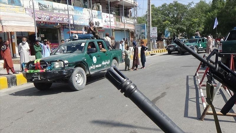 Taliban Sözcüsü Zabibullah, tüm tarafları kapsayacak bir hükümet kurmak istediklerini söyledi