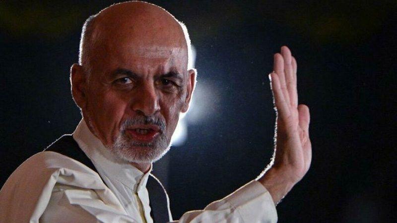Afganistan'ın eski Devlet Başkanı Eşref Gani, Kabil'den kaçtıktan sonra Abu Dabi'ye yerleşti