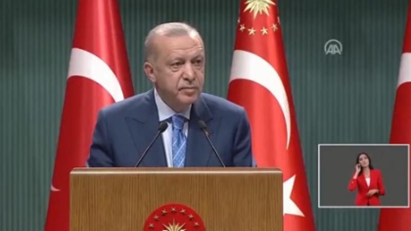 Cumhurbaşkanı Erdoğan basın toplantısı düzenliyor