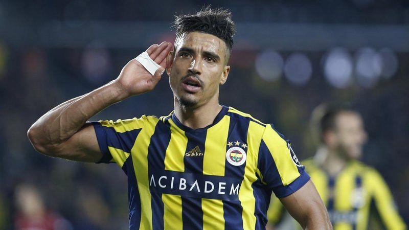Fenerbahçe'de ayrılık sırası Dirar'da!