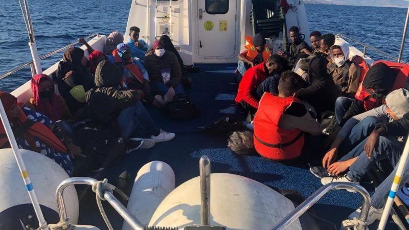 Çanakkale'de Yunanistan unsurlarınca Türk kara sularına itilen 52 sığınmacı kurtarıldı