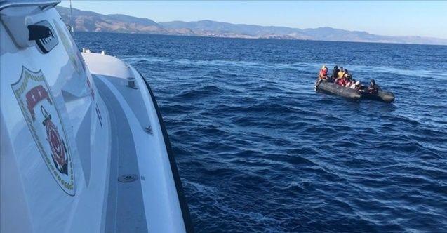 Çanakkale ve İzmir'de toplam 60 sığınmacı kurtarıldı