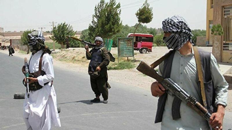 Taliban Pençşir'i kuşattı