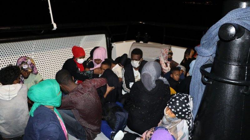 Çanakkale'de Yunanistan unsurlarınca Türk kara sularına itilen 59 sığınmacı kurtarıldı