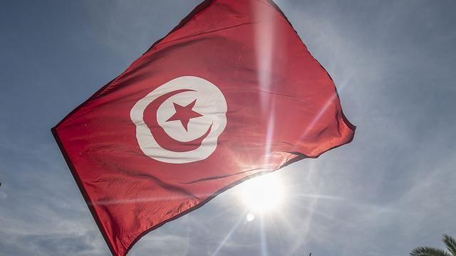 Tunus Cumhurbaşkanı Said, darbe kararlarını ikinci bir emre kadar uzattı