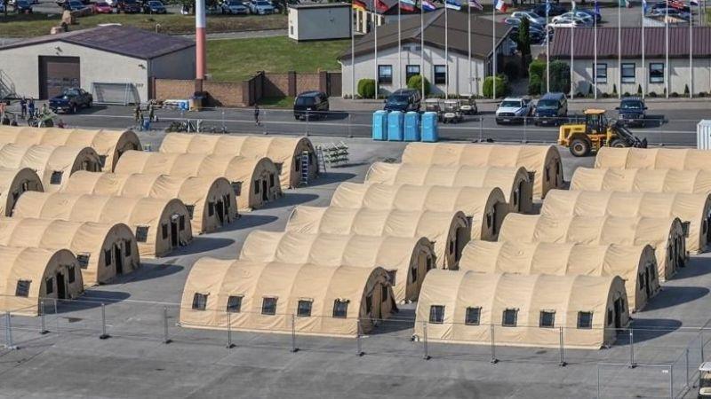 Afgan göçmenler için Almanya Ramstein üssünde barınma çadırları kuruldu