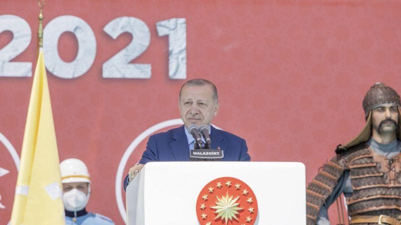 Cumhurbaşkanı Erdoğan: Malazgirt, maziden atiye kurduğumuz köprünün ilk taşıyıcı sütunudur