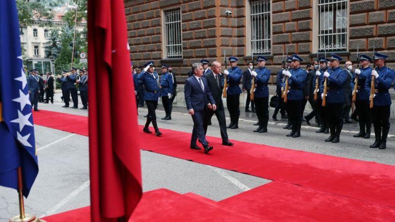Cumhurbaşkanı Erdoğan Bosna Hersek'te resmi törenle karşılandı