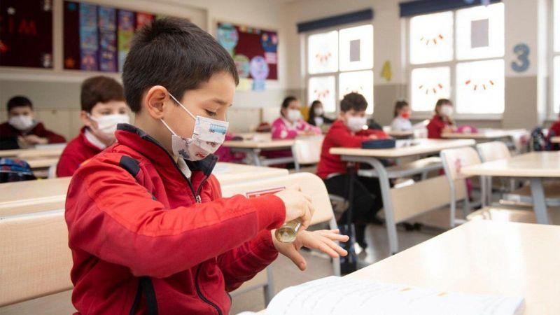 Hazırlıklar tamamlandı: Okullarda uyum eğitimi bugün başladı