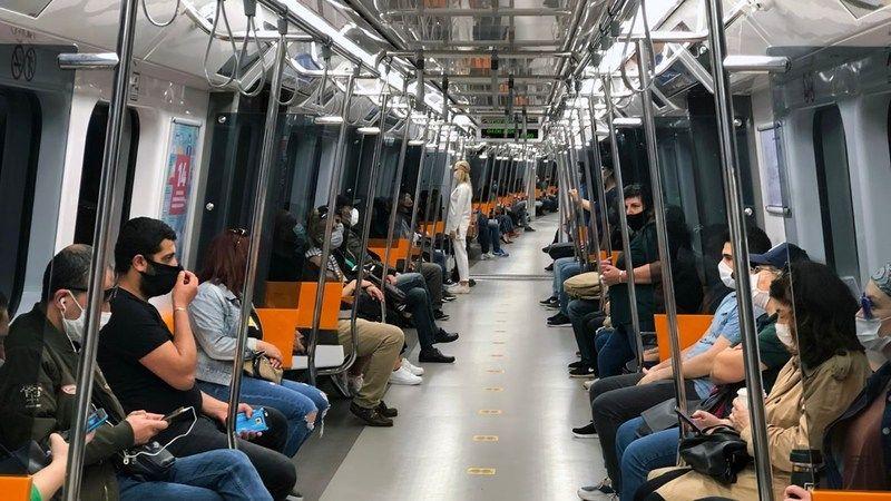Koronavirüs İstanbul'da toplu taşıma kullanımını yarı yarıya düşürdü
