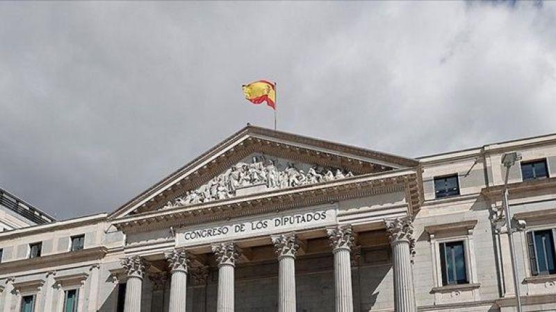 İspanyol hükümeti Katalonya'nın bağımsızlığı için masaya oturdu