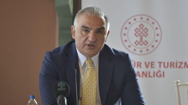 """Kültür ve Türizm Bakanı Ersoy: """"Türkiye, İngiltere'den gelecek misafirlerini güvenle ağırlamaya devam edecek"""""""