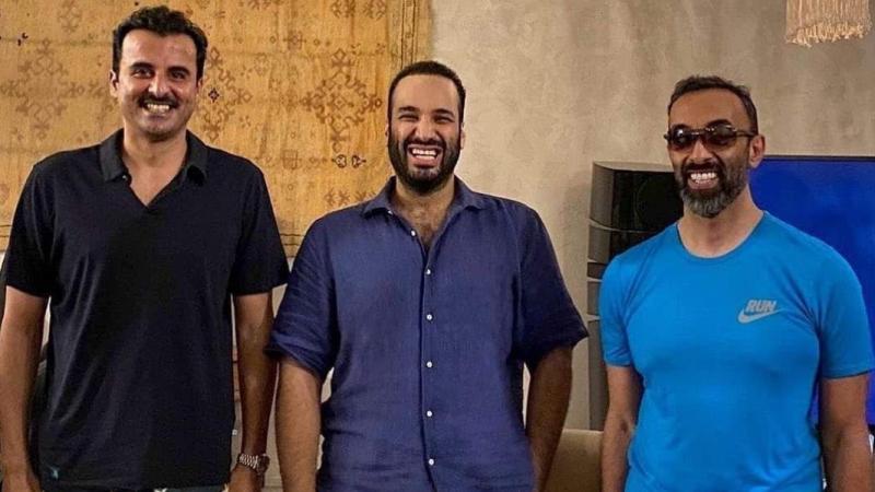 Katar Emiri, Suudi Veliaht Prensi ve BAE'li yetkili Kızıldeniz'de buluştu