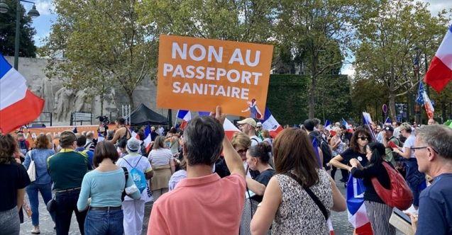Fransa'da Paris başta olmak üzere 180 noktada eylem yapıldı