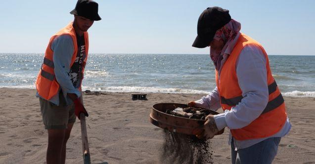 Suriye kaynaklı petrol sızıntısı temizleniyor